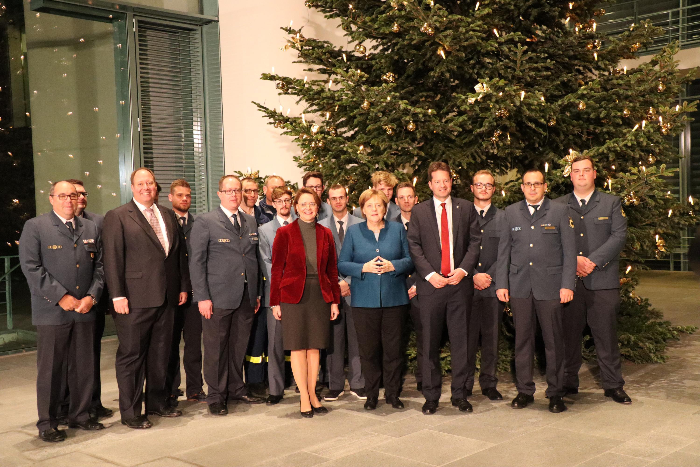 Weihnachtsbaum Fällen Berlin.Thw Lv Bw Baden Württemberger Bäume Für Berlin